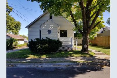 1740 Cleveland Street - Photo 1