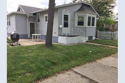 5630 N Avondale Avenue - Photo 1