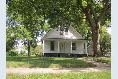 130 S Van Buren Street - Photo 1