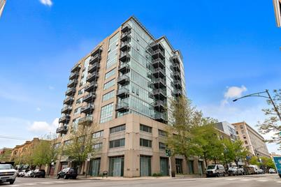 1000 W Leland Avenue #4B - Photo 1