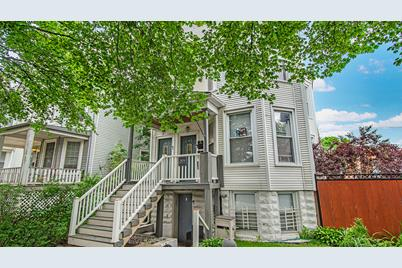 2424 W Berteau Avenue - Photo 1