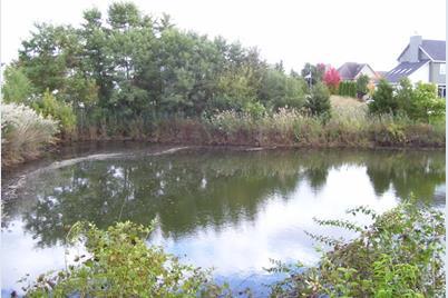 1366 Lakeside Lane - Photo 1
