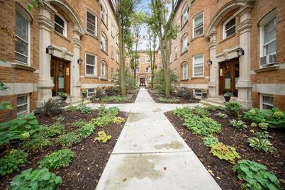 625 W Barry Avenue #3B - Photo 1