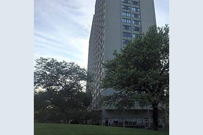 4800 S Lake Park Avenue #2412 - Photo 1