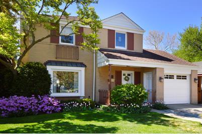 4453 W Peterson Avenue - Photo 1