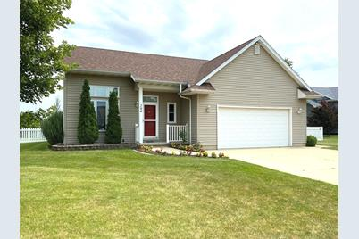 394 N Willow Drive - Photo 1