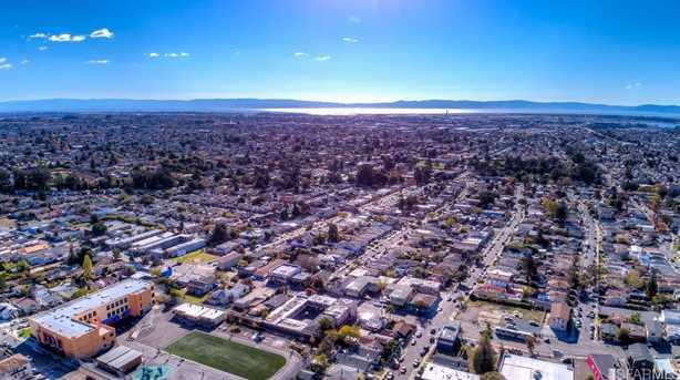 2950 Cumberland - Photo 8