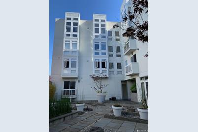 2298 Lombard Street #402 - Photo 1