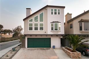 160 Santa Monica Avenue - Photo 1