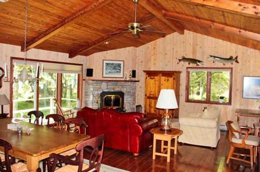 8422 Bues Point Rd - Photo 12