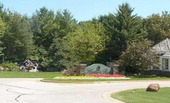 1076 Crown Pointe Circle - Photo 8