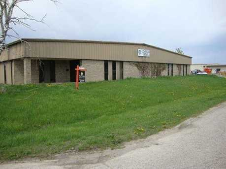 200-224 Commercial Dr - Photo 1