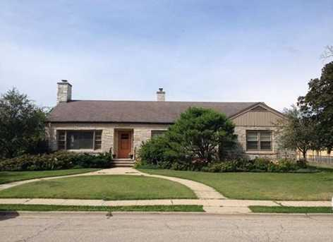 120 S Division St Janesville Wi 53545 Mls 1820452