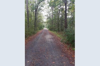 4032 Pine Creek Road - Photo 1