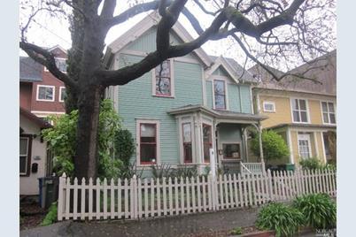 432 Orchard Street - Photo 1