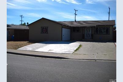 325 Sawyer Street - Photo 1