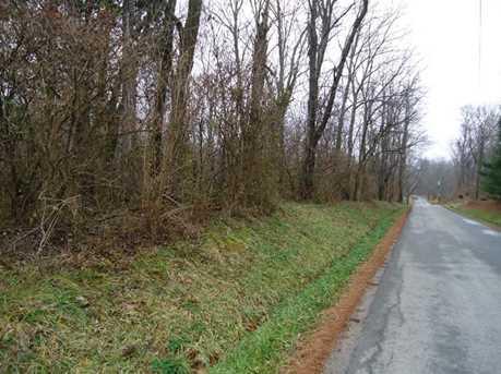 1800 Greenleaf Lane - Photo 2