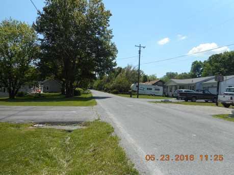 5674 Lake Road - Photo 4