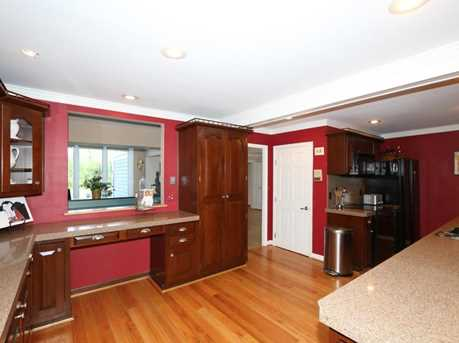 8755 Old Indian Hill Road - Photo 10