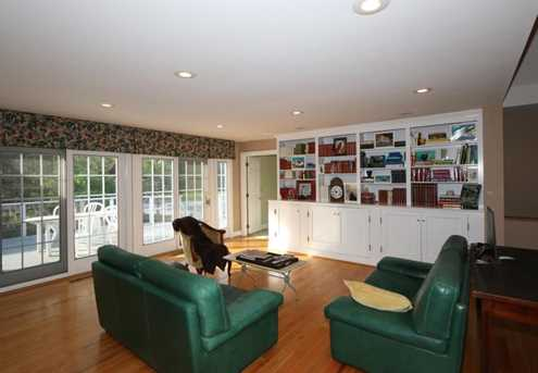 8755 Old Indian Hill Road - Photo 4