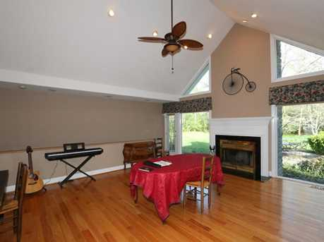 8755 Old Indian Hill Road - Photo 6