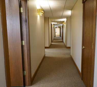 2333 Rombach Avenue - Photo 4