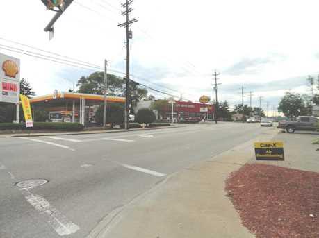 8411 Reading Road - Photo 16