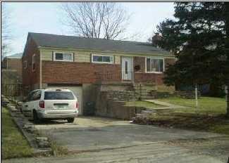 5814 Monfort Hills Avenue - Photo 1