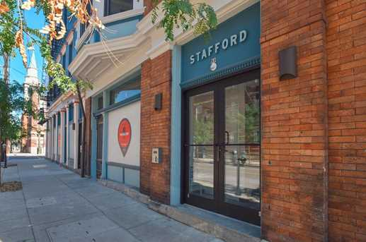 33 E Thirteenth Street #201 - Photo 2