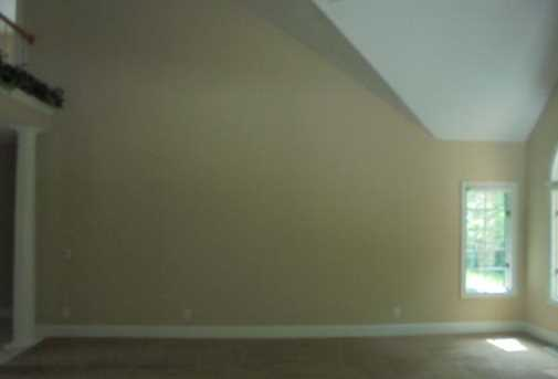 1340 Meadow Woods Court - Photo 12