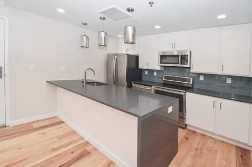35 E Thirteenth Street #302 - Photo 4