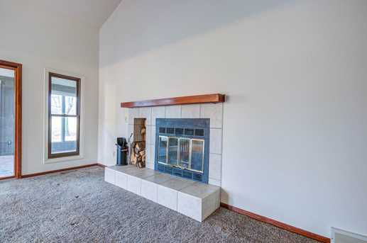 6087 Booth Road - Photo 4