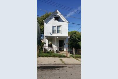 632 Union Street - Photo 1