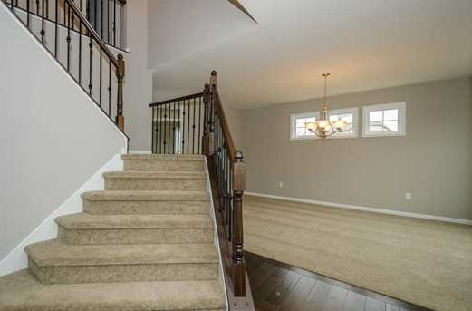 1326 Autumnview Drive - Photo 8