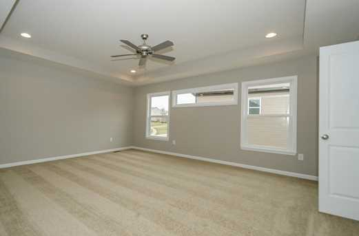 1326 Autumnview Drive - Photo 14
