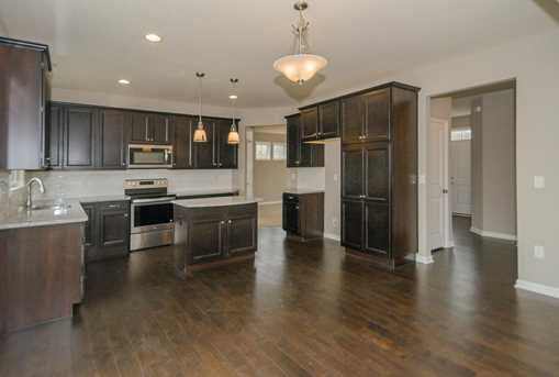 1326 Autumnview Drive - Photo 4