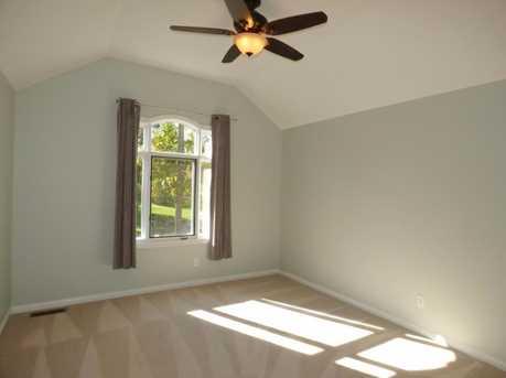4552 Oak Vista Court - Photo 16