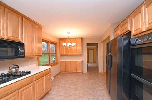 4300 Howards Creek Road - Photo 10