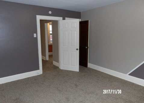 1749 Lawn Ave - Photo 10