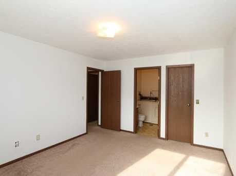 7230 Creekview Drive #4 - Photo 10