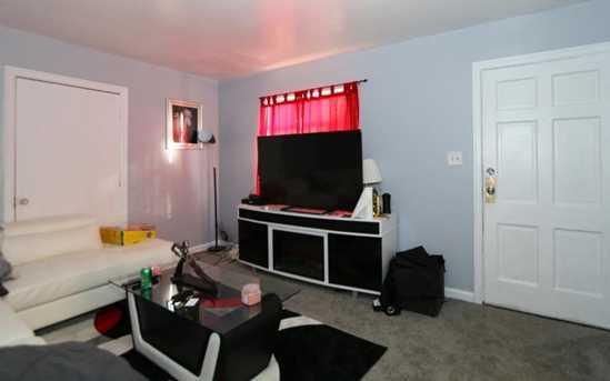 6231 Hammel Avenue - Photo 2