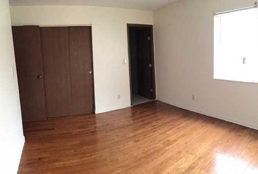 2435 Montana Ave #18 - Photo 4