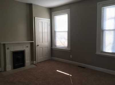 408 Hawthorne Avenue - Photo 2