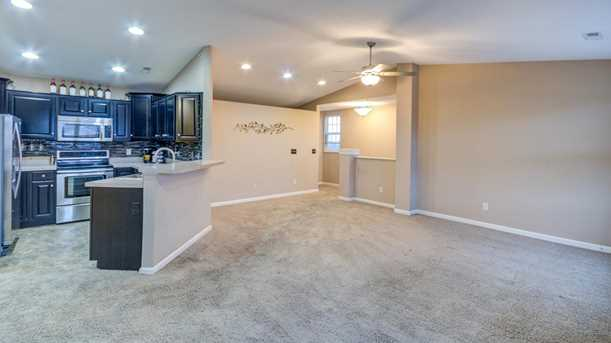 7783 Skyview Circle - Photo 8