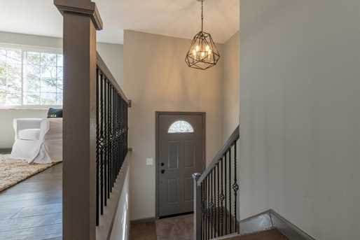 2274 Chesterfield Ln - Photo 2