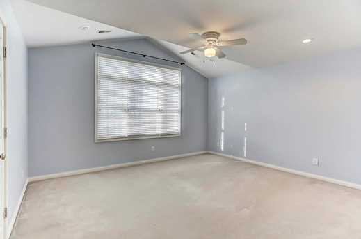 320 Summer View Drive - Photo 14