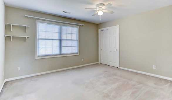 320 Summer View Drive - Photo 16