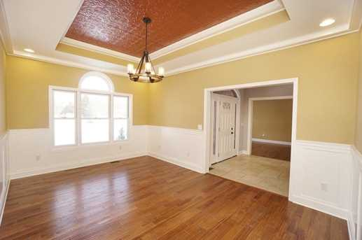 7450 Old Woods Court - Photo 4