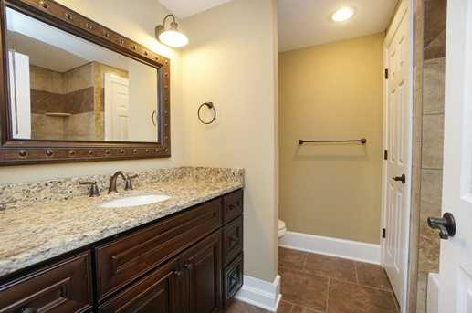 7450 Old Woods Court - Photo 24