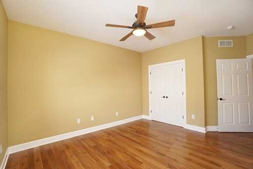 7450 Old Woods Court - Photo 16